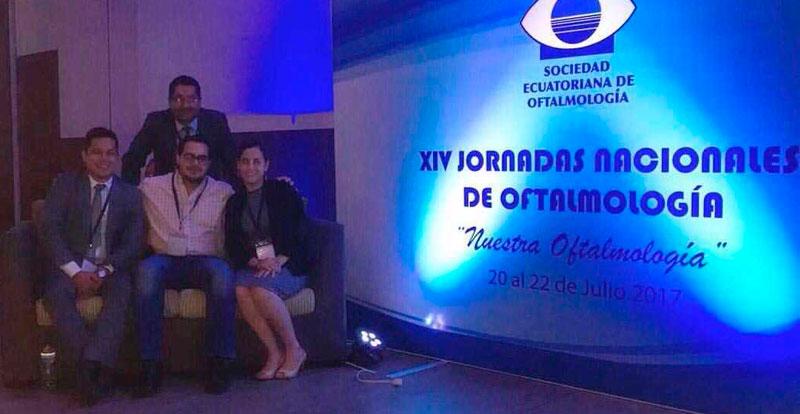 Equipo de Médicos en Jornadas de Oftalmología