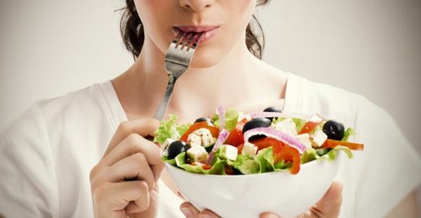 Según la OMS, el 59% de las muertes están provocadas por una incorreta alimentación, el cual es la mayor amenaza individual para la salud pública mundial